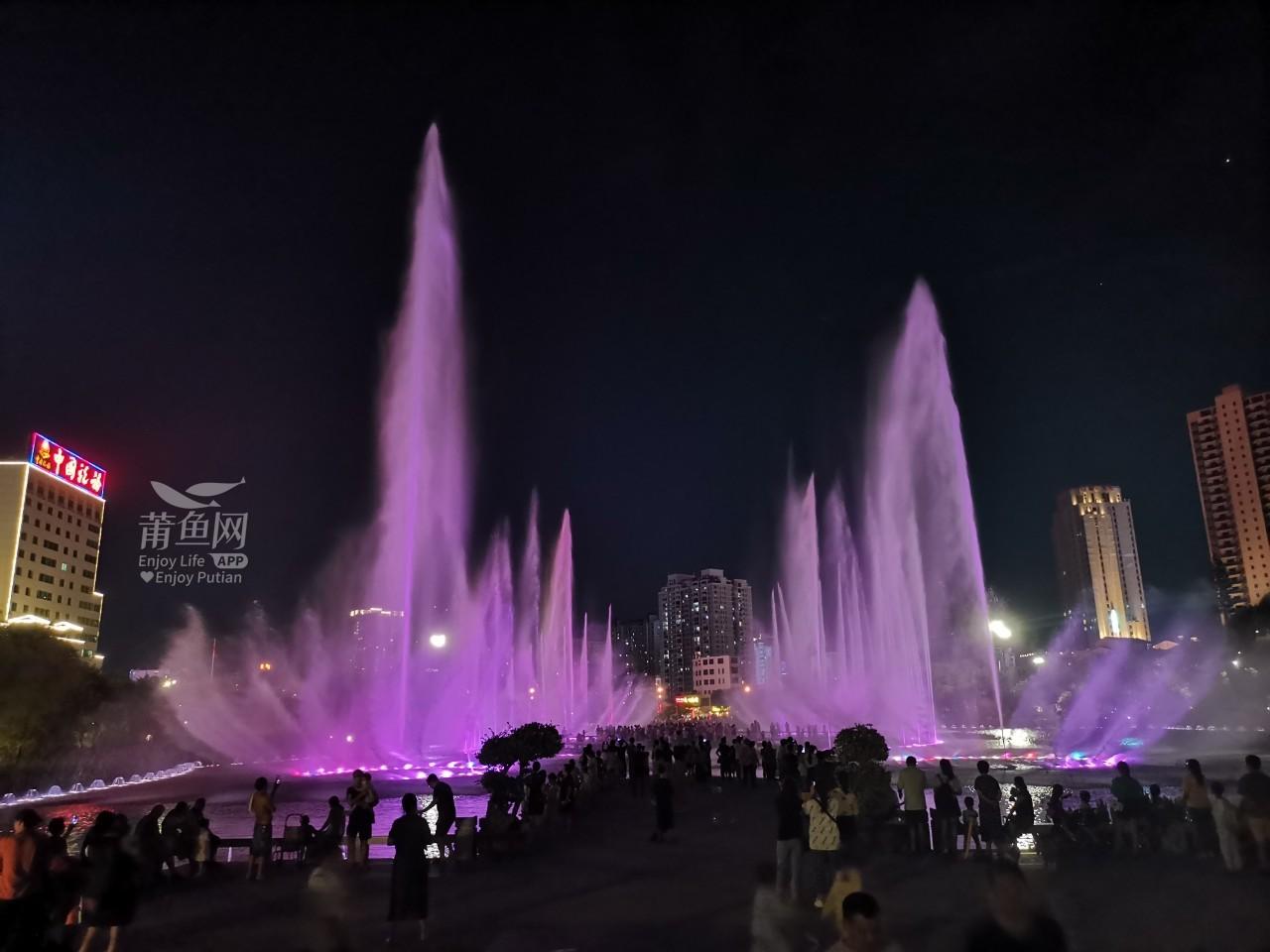 南湖喷泉 (3).jpg